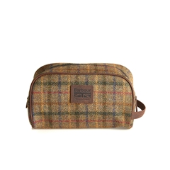 New for Autumn Barbour Tweed Wash Bag - Olive