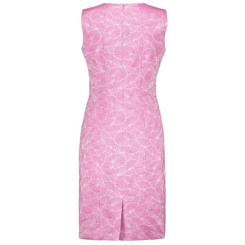 New 2018 Gerry Weber Sheath Dress with Jaquard Pattern - Pink