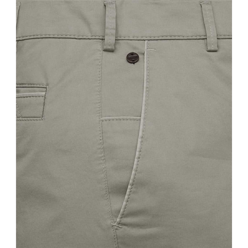 NEW 2021 Meyer Cotton - Taupe - New York 5038 35 - Continental Sizing