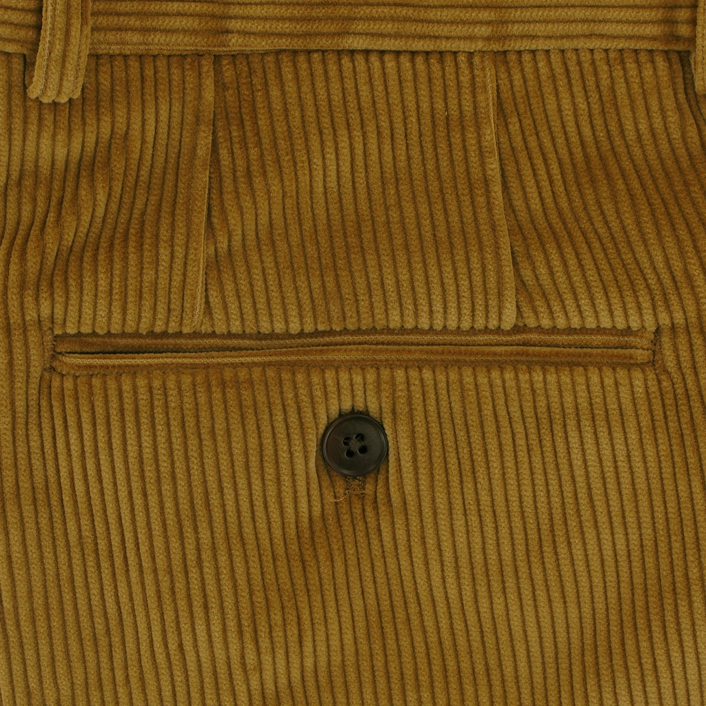 Gurteen Esquire Luxury Corduroy - Corn - Warwick 1212 088