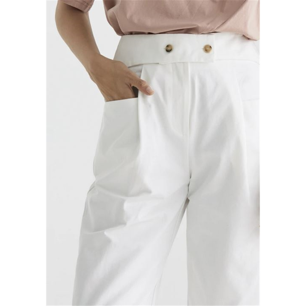 New Paisie 2020 Nia Cropped Trousers - White