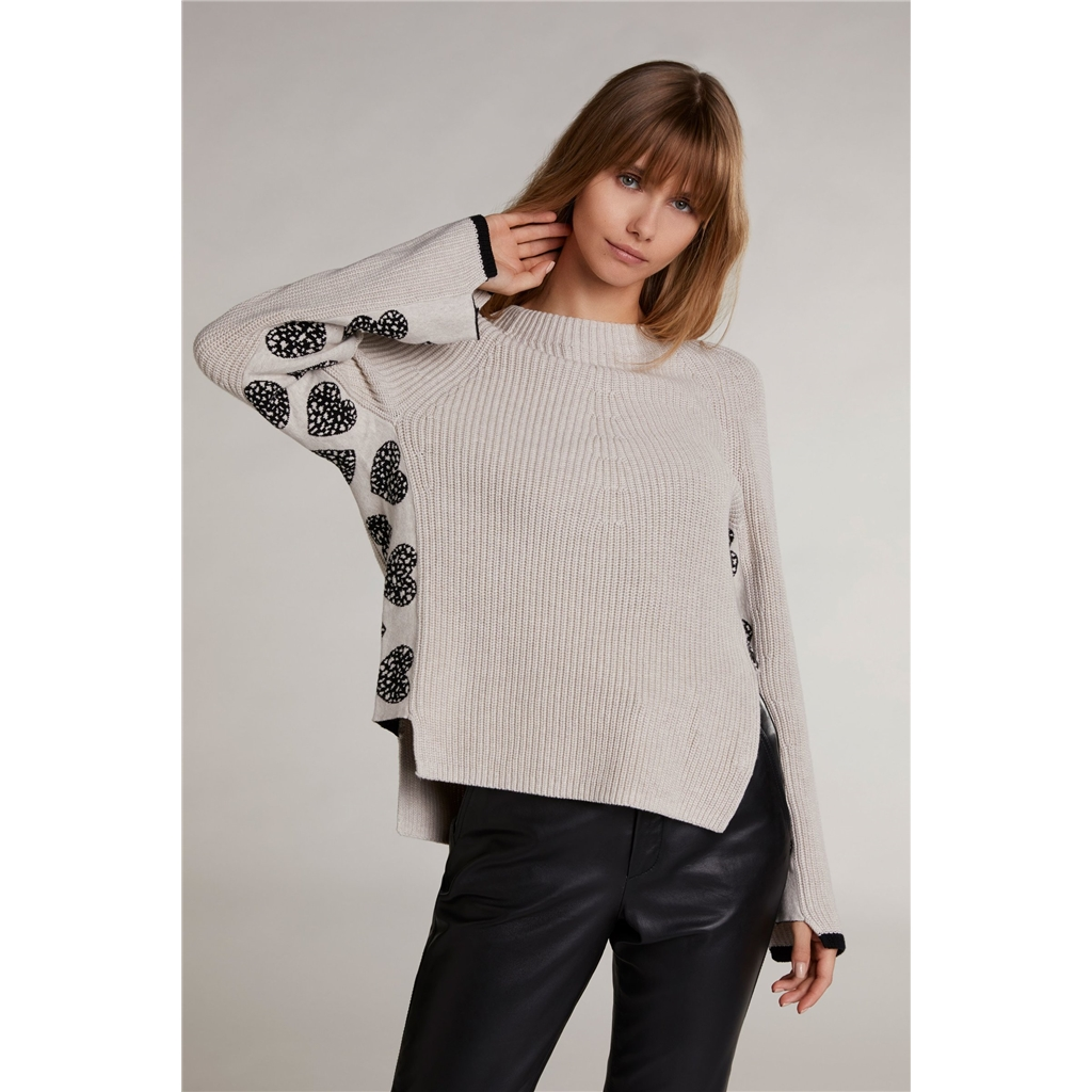 New 2020 Oui Knit with Hearts - Light Stone