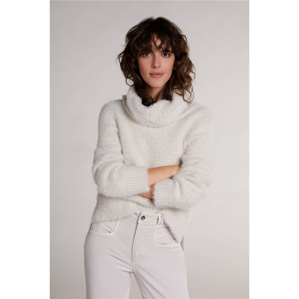 Oui Roll Neck Fluffy Jumper - Off-White