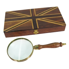 Magnifier in Box