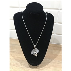 Dante Long Leaf Necklace